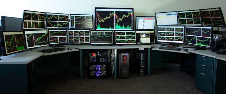 Why Do Traders Use Several Monitors?
