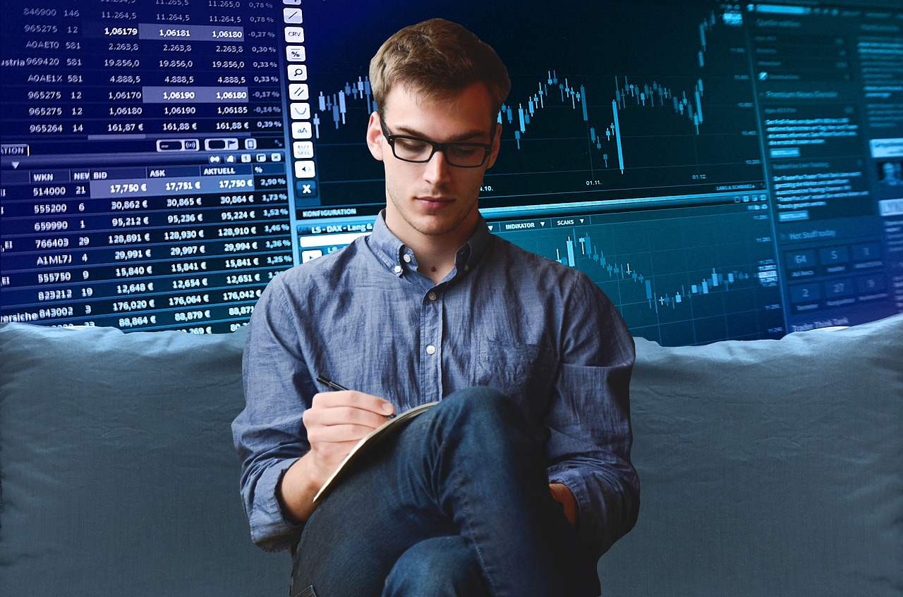 Is Trading Stocks Easy? (Best Ways for Beginners to Trade Stocks)